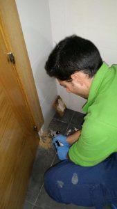 Hicoplag realizando un tratamiento contra termitas